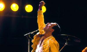 Tema natale di Freddie Mercury:  creatività e trasgressione